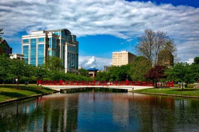 A city scene of Huntsville, Alabama.
